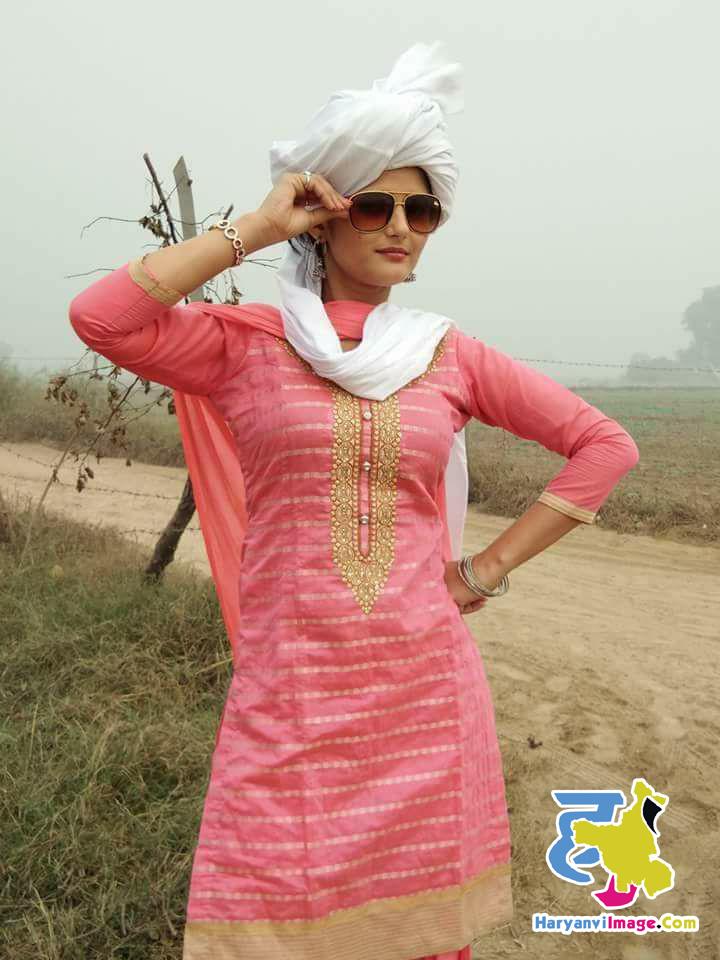 Anjali Raghav Pink Suit Photo